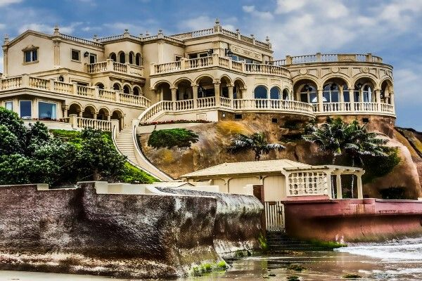 Mega Mansion - La Jolla CA....this is way to much house for my family. But it's beautiful!