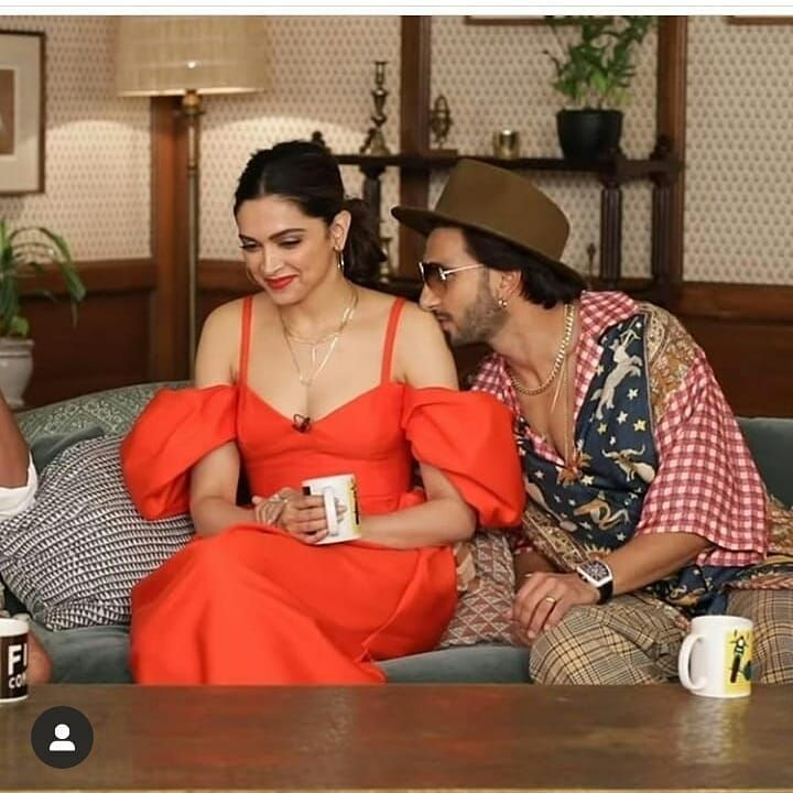 Deepika Padukone And Ranveer Singh S Adorable Pda During An Interview Is Melting Hearts Across Nation Hungryboo Deepika Padukone Deepika Ranveer Bollywood Celebrities
