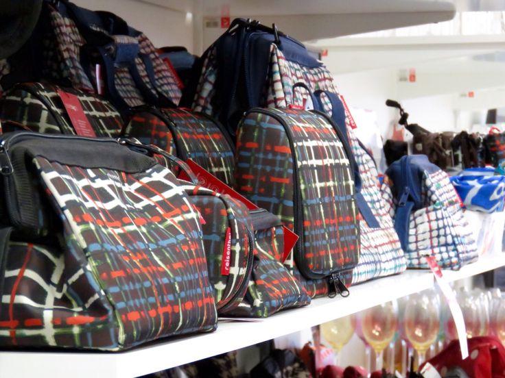Reisenthel väskor i olika modeller.