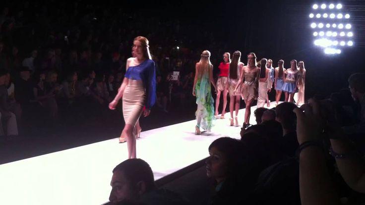 Maria Golubeva на Mercedes-Benz Fashion Week Russia