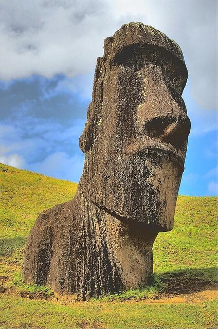 Moai - Easter Island (Rapa Nui) - Chile Не ме гледай така момче...