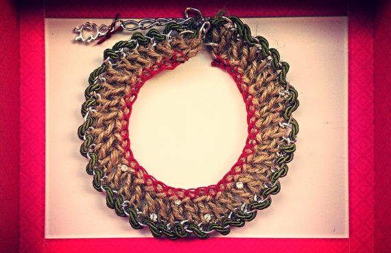 Chocker crocheted with silverplated chain and strass by bizeli, €15.00