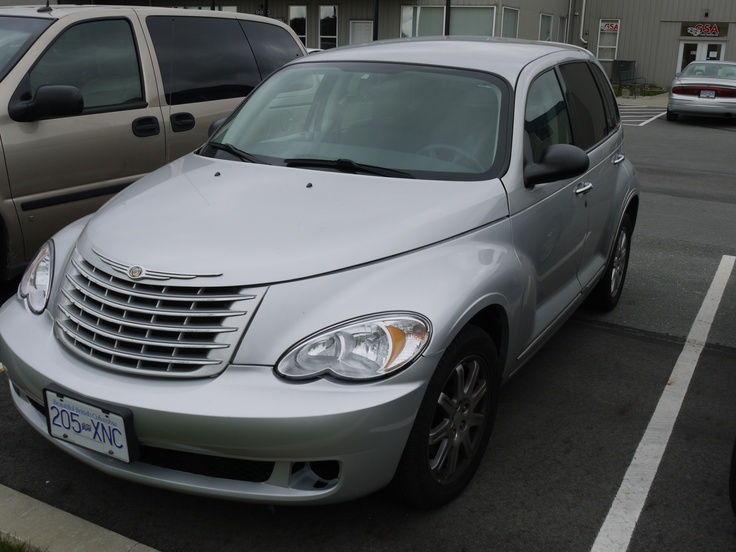 Wouldn't you like to be cruising around #yyj in this Chrysler PT Cruiser - fully loaded with air conditioning the next time you need a car in Victoria? Give us a call!