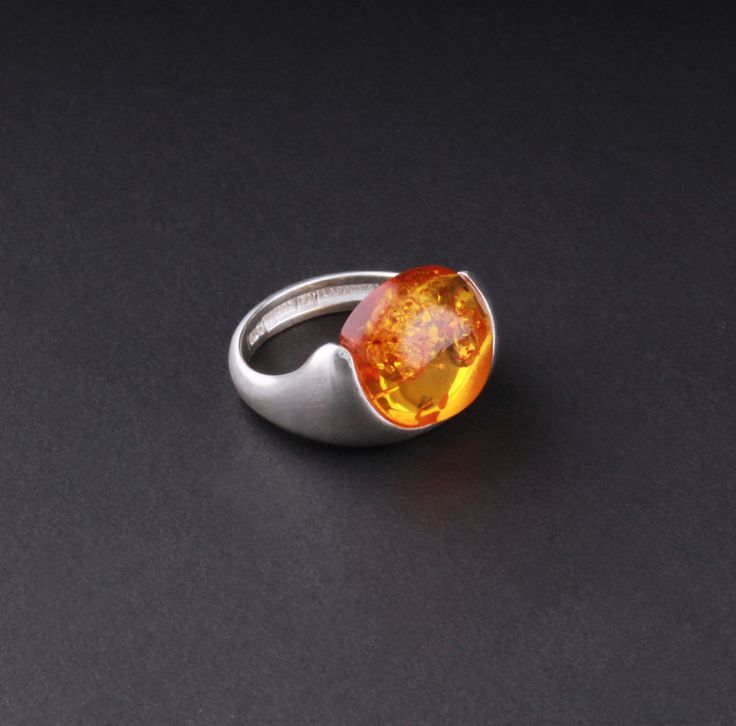 Modern LAPPONIA Sterling Silver Ring with Amber. Design: Poul Havgaard. NEW! #Lapponia #Modern