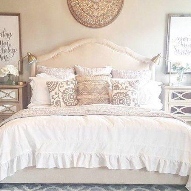 Lovely white ruffle bedding @burcharddesignco    #shabbychicbedding #farmhouse #farmhousestyle #farmhousedecor  #cottagestyle #cottageliving #mycottageinstincts #farmhousechic #farmhousebedroom #farmhousebedding  #rufflebedding #ruffles #ruffleswithlove