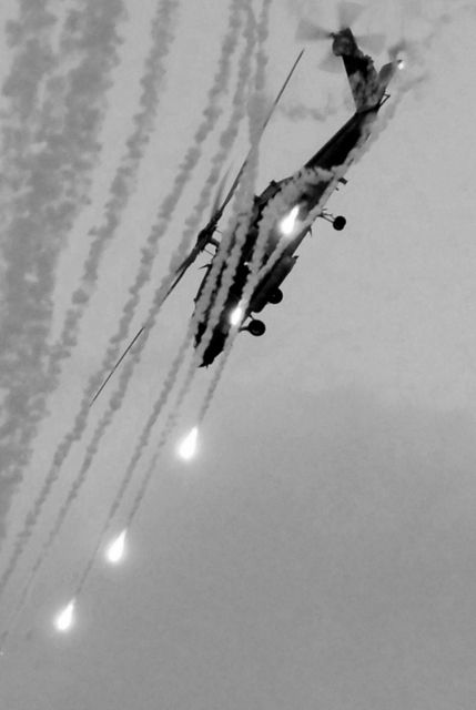 FlaresPost, Aircraft Carrier, Launch Flare, White Iii, Black