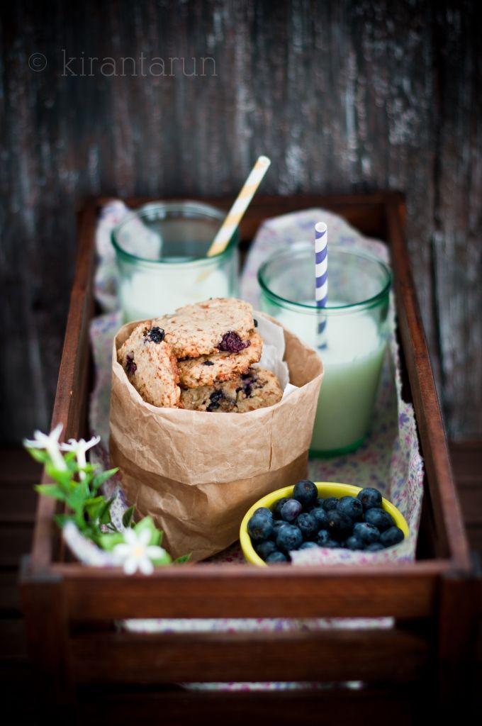 Blueberry Lemon Almond Cookies | KiranTarun.com #cookies #summer #baking #berries