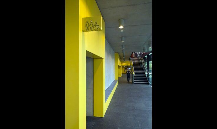 Oxford Brookes University Wayfinding image 6