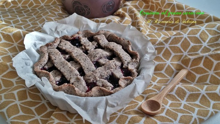 Crostata di ciliegie al grano saraceno