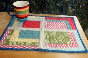 15 Favorite Placemat Tutorials | Sew Mama Sew | Outstanding sewing, quilting, and needlework tutorials since 2005.