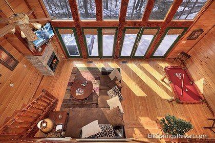 Elk Springs Resort in Gatlinburg, TN.  Smoky Mountain Romance - 1 Bedroom secluded private cabin rental
