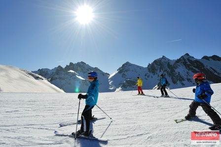 Family Skiing in the Pizol Mountains.