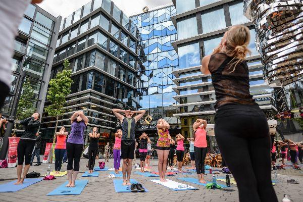 Bikram Yoga and the City... #siluetyogawear #madewithloveforyou