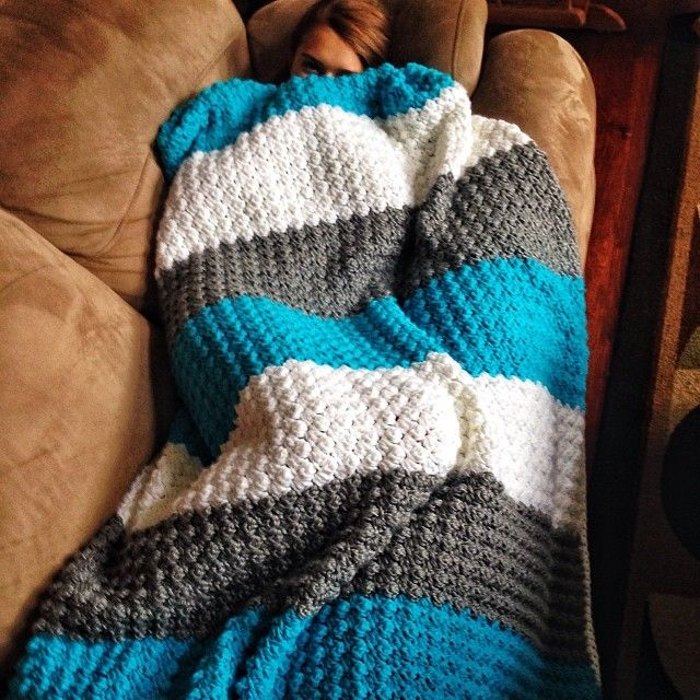 Used a baby blanket pattern to make an afghan for my sweet girl... Free pattern here - it works up really quickly, especially if you use two strands of yarn. Very, very simple pattern and lots of fun to make! #crochet