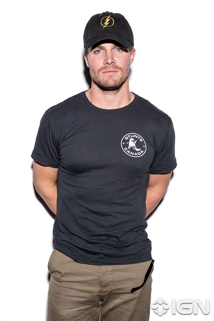 Danny zuko black t shirt - Stephen Amell Arrow Sdcc