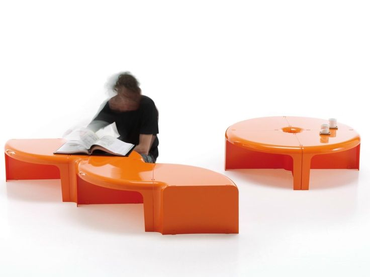 Tavolino trasformabile 4/4, da tavolino a libreria in pochi gesti