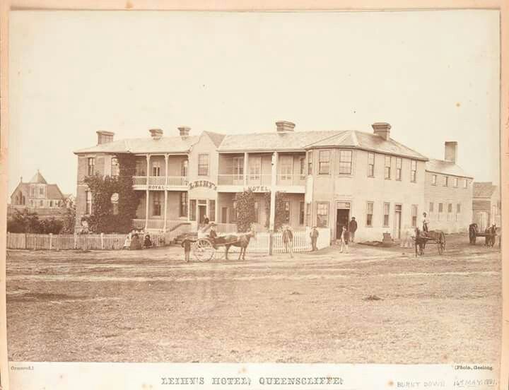 Leihy's Royal Hotel in Queenscliff,Victoria in 1866. This was built in 1854 and burnt down in May 1881 and replaced by the current Royal Hotel. State Library of Victoria.