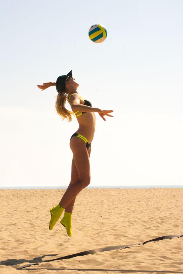 sand beach photos volleyball in bikini