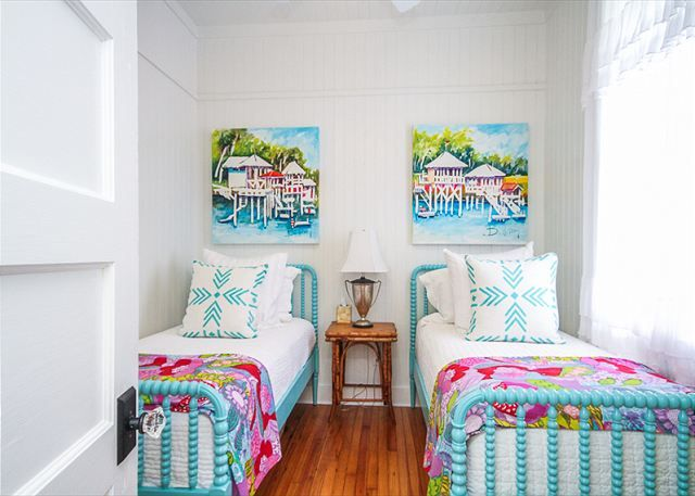 Jane Coslick S Cottage On The Green Tybee Island Home Interiors Pinterest House And Bedroom