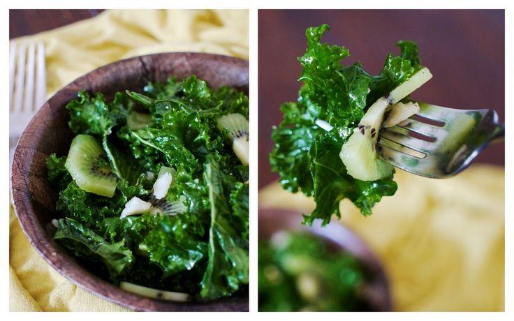 Kiwi Kale Salad with Macadamia Nuts   Recept   Häftigt, Stränder och ...