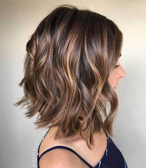 10 Inverted Bob Cuts to Try Out: #6. Medium Bob Hair