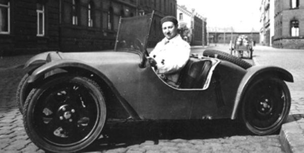 Josef Ganz in the 1931 Adler Maikäfer (Rapid, Rapid A.G., Dietikon, Zürich)