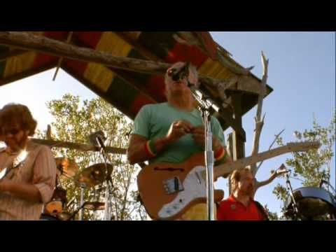 Jimmy Buffett plays in Anguilla, this video covers the whole concert.