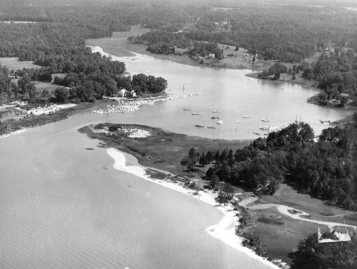 Pictures: A Look Back: Deep Creek  Archive photos from the 1960s and '70s of Deep Creek in Newport News.  http://www.dailypress.com/features/history/dp-pictures-a-look-back-deep-creek-20140917-photogallery.html