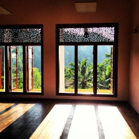 yoga room, gorgeous windows