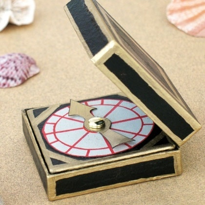 Disney Pirate Craft: The Captains Compass Perfect for Keian's Pirate themed Pinterest Summer Craft Camp