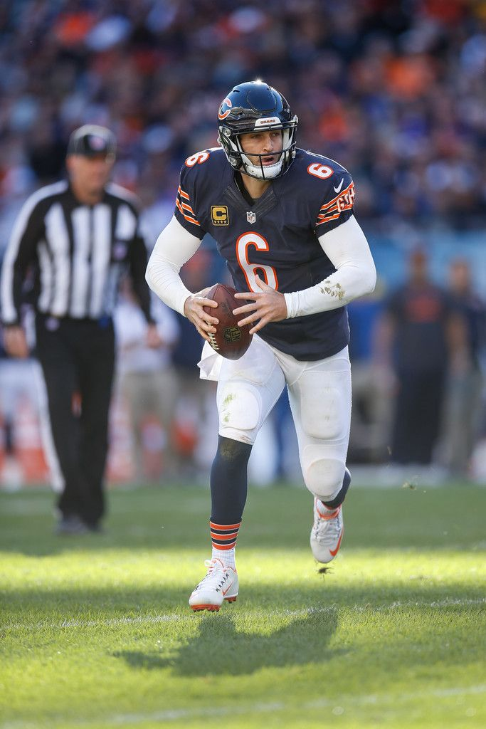 Quarterback Jay Cutler #6 of the Chicago Bears runs for 4 yds into the endzone for a touchdown against the Minnesota Vikings in the fourth quarter at Soldier Field on November 1, 2015 in Chicago, Illinois. (Oct. 31, 2015 - Source: Joe Robbins/Getty Images North America)