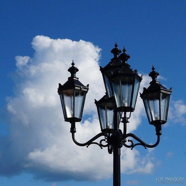 #Gdynia #Oksywie #lampauliczna #lampa #niebo #chmury #stretlamp #sky #clouds #igerspoland #igersgdansk #igersgdynia #maly3city