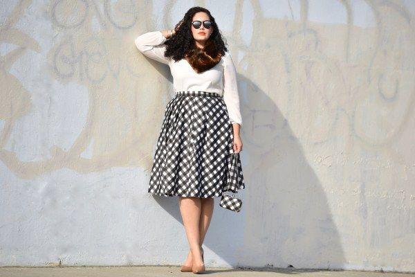 Midi-Röcke sind perfekt, um kleine Polster zu kaschieren