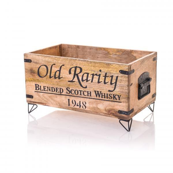 Puinen säilytyslaatikko metallijaloilla ja kahvoilla. Tilaa oma tästä: http://www.verkkokauppa.aadesign.fi/tuotteet/lufkin-wooden-box