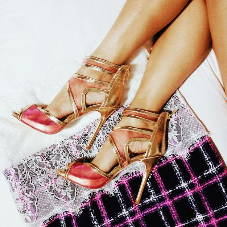 Awesome Shoe Dazzle .com