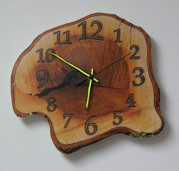clock wood by lioko83.deviantart.com on @DeviantArt