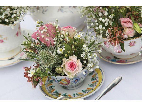 Centros de mesa para boda con tazas de te