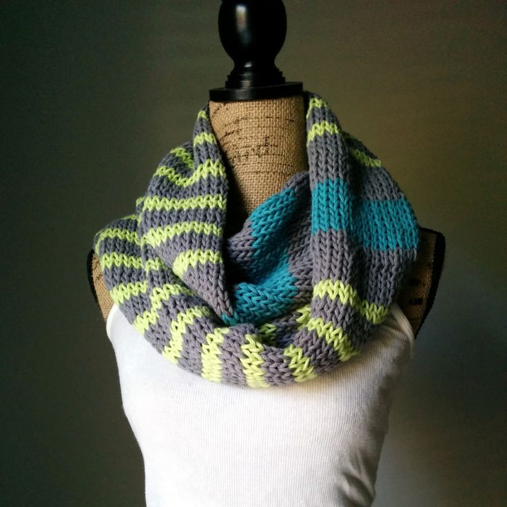 Knitting A Scarf With Circular Needles : Neon stripes infinity scarf purl avenue knitting fun