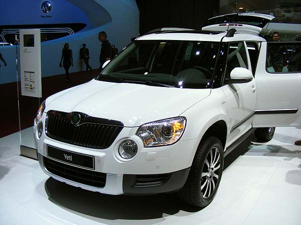 The Skoda Yeti in white at Geneva. Full of ruggedness and well built. http://www.mycarleasebam.co.uk/leasing/skoda/yeti/