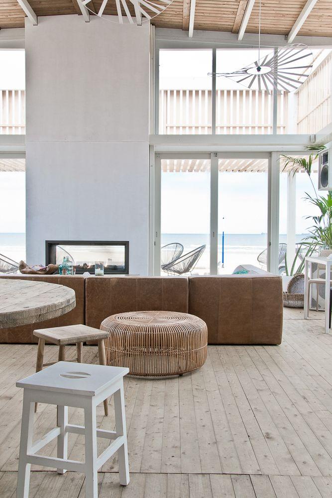Barbarossa  beachclub bar restaurant Scheveningen  interior image#PaulinaArklin