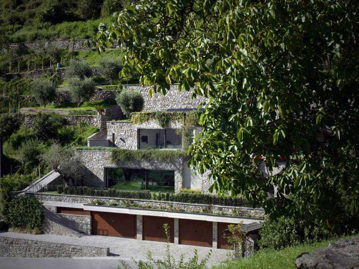 Casa MT by Rocco Borromini Traona, Italy https://www.facebook.com/media/set/?set=a.10152734802115420.1073742367.402412880419&type=1