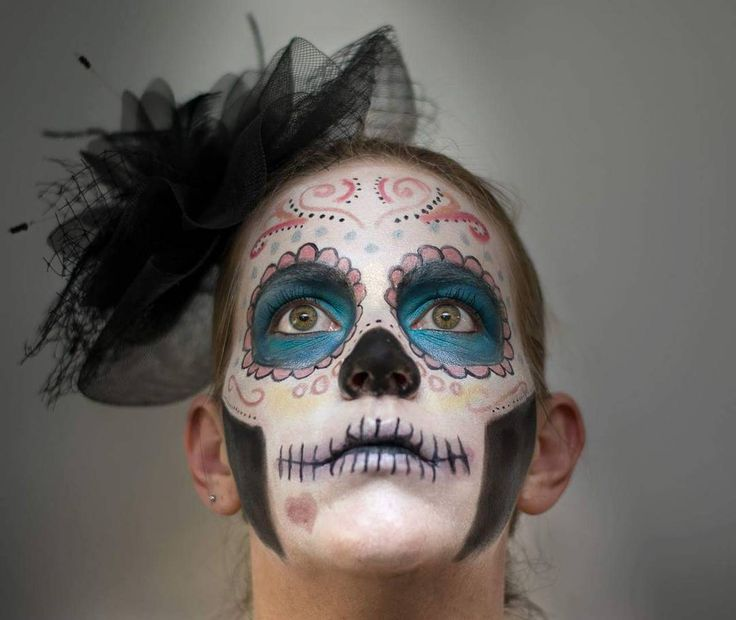 Creative makeup - Day of the dead, sugar skull.   See this Instagram photo by @thesilentgallery • 199 likes