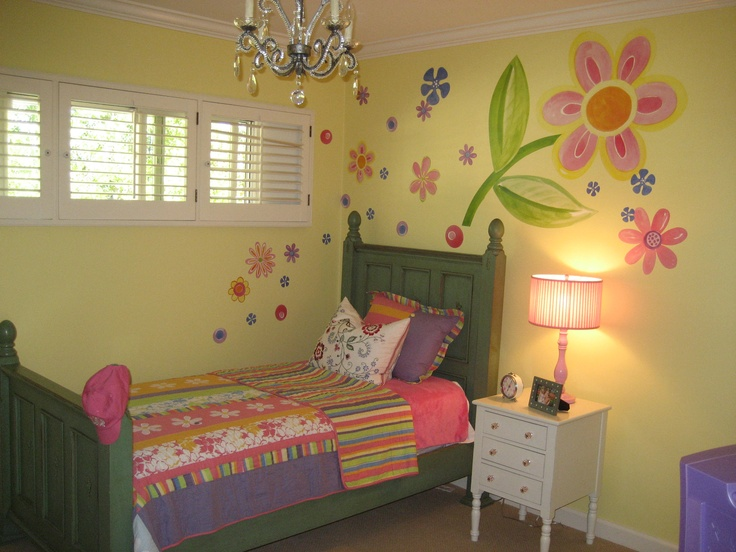 Young girls bedroom love the large flower..chandelier
