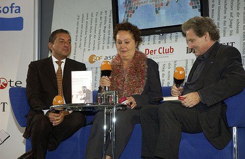 Michel Friedman und Luc Jochimsen im Gespräch mit Volker Panzer