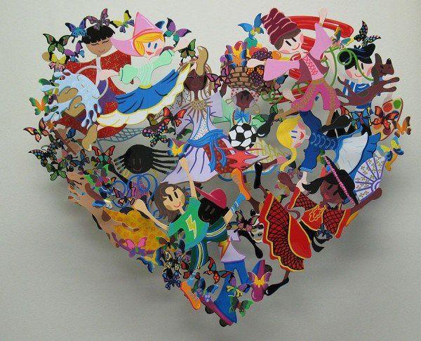 É raro para um artista para criar uma obra de arte que mexe com tantas emoções, deixando o espectador sem palavras. David Kracov fez exatamente isso em mais de uma ocasião. Uma das maiores paixões de Davi é criar esculturas que fazem com que memórias profundas para a superfície e sinceras emoções a se mexer. Estas criações podem parecer muito longe da sagacidade e lingüística coloridas para o qual ele é conhecido, mas para David, cada um é uma obra pessoal de como a vida afeta sua arte.