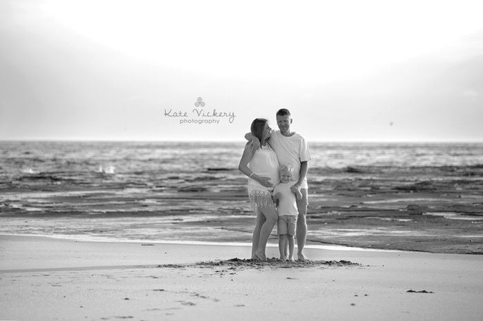 Maternity Photography, location session, natural light, beach, ocean, family maternity, pregnancy photography, black and white
