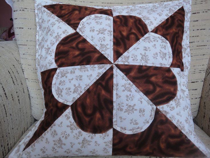 povlak na polštář hnědý