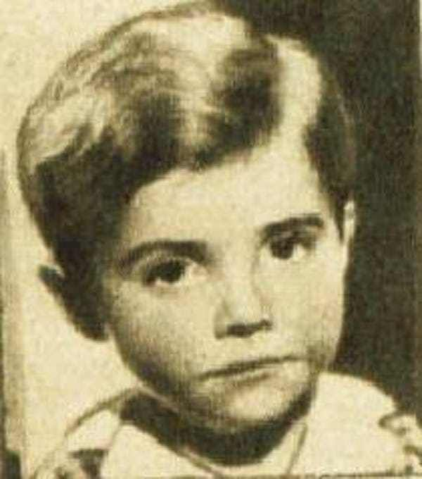 Child actors who died young include some of the most recognizable names in Hollywood, as well as some who starred on stage and screen many decades ago. All of the actors and actresses listed here were in the business as kids, and sadly, all passed away way too early in their lives. Their caus...