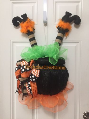 Crashing-Witch-In-A-Flaming-Cauldron-Wreath-Halloween-Decoration