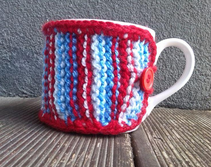 Pletený obal - svetřík na hrnek - Pruhovaný  Nedokonale dokonalý :-)
